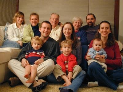 Moore-Christmas-2005.jpg